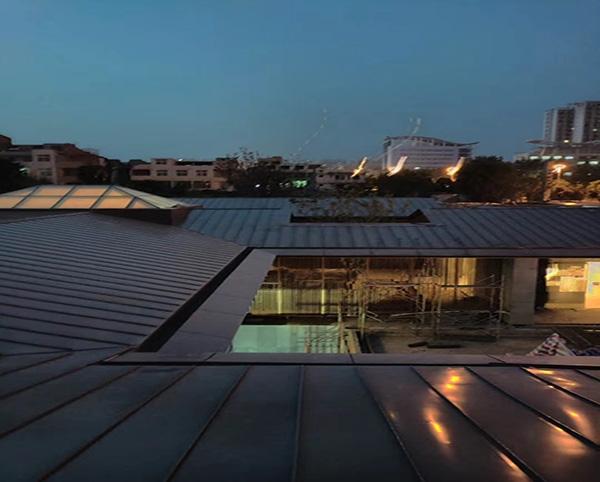 洛阳旭辉集团售楼部25-500型铝镁锰板
